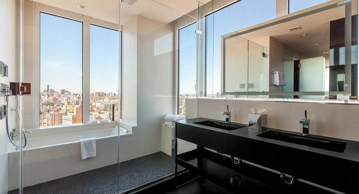 NoMo SoHo room bath