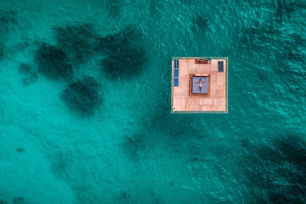 experiential resorts manta resort