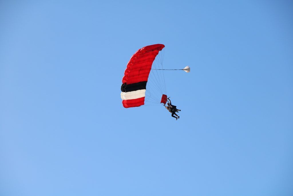 Adventurous Vacations south africa skydiving